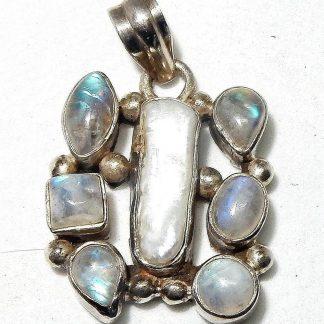Zilveren Labradoriet parel hanger